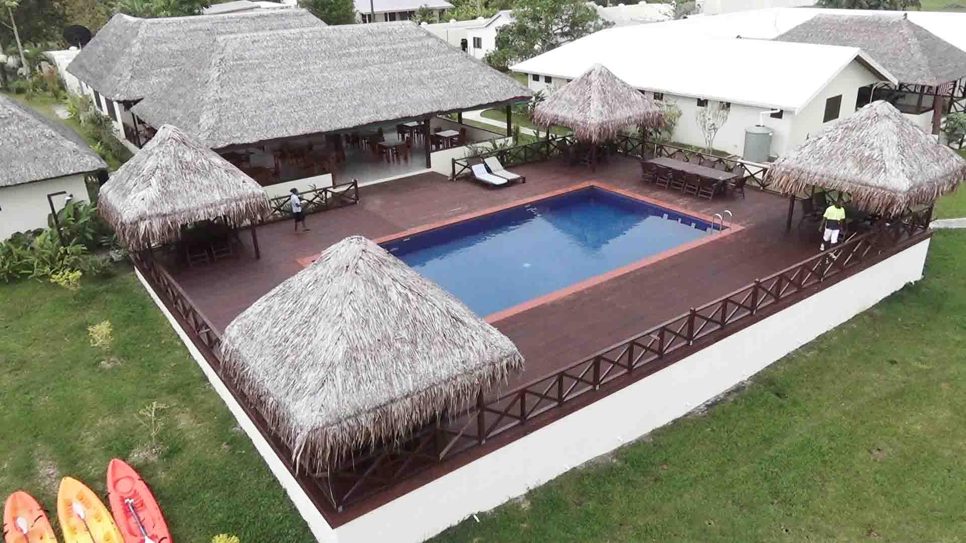 Beachfront Resort, Santo